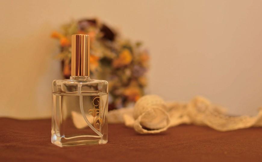 藤枝美人は「香り美人」 藤枝の香りで香水つくり